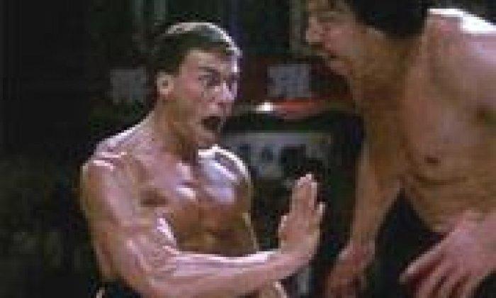 Можете скачать фильм под названием кровавый бой / bloodsport (1988) кровавый исход и без регистрации